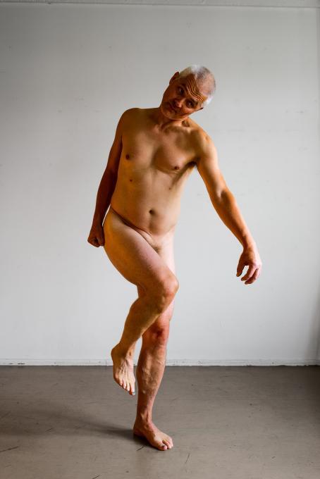 Kari Soinio: ur serien Hjälten som skulptur, 2018.