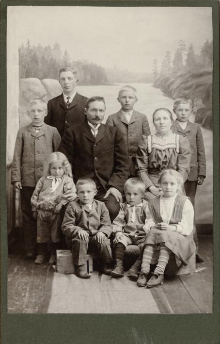 Tuntematon kuvaaja, n. 1910 / Suomen valokuvataiteen museon kokoelma.