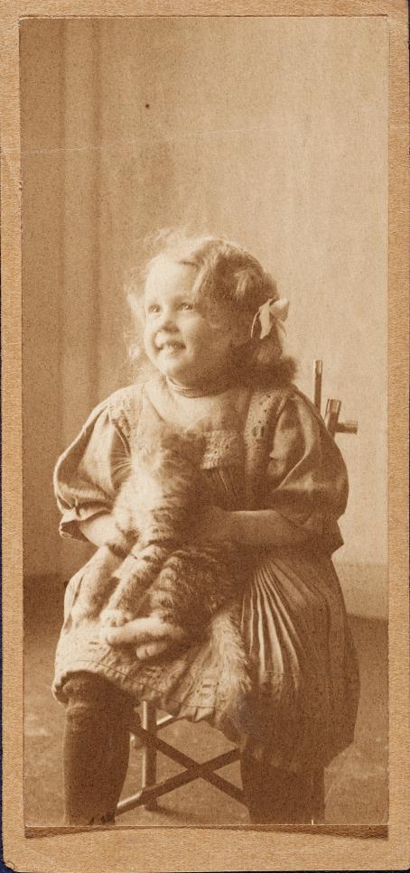 Fritz Englund, Helsinki, 1908 / Suomen valokuvataiteen museon kokoelma.