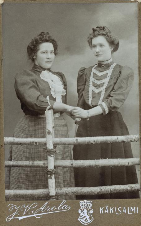 J.V. Arola, Käkisalmi, n. 1910 / Suomen valokuvataiteen museon kokoelma.
