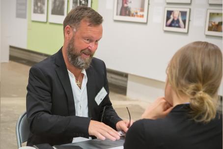 Kuvat: Henna Helenius ja Virve Laustela, Suomen Valokuvataiteen museo.