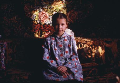Hannele Rantala: Natasha (Päivä 11-vuotiaan neuvostokoululaisen elämästä), 1986. Suomen valokuvataiteen museo.