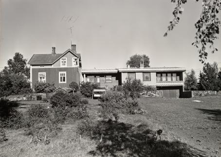 Kaius Hedenström, from the series Maaseutumme tänään, 1977.